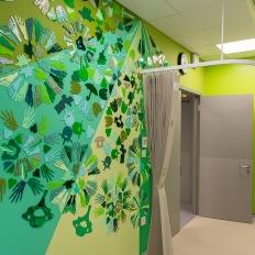 η Tatty Devine στο Children's Imaging Department στο Βασιλικό νοσοκομείο του Λονδίνου.